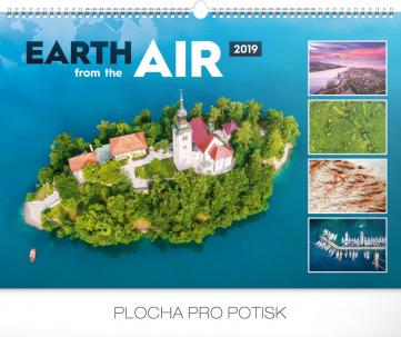 Nástěnný kalendář Země ze vzduchu 2019, 48 x 33 cm